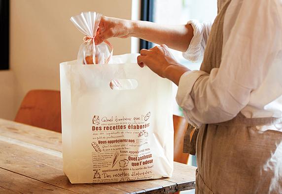 こだわりが、より「商品」を「美味しく」させる。福重のオリジナルパッケージデザイン