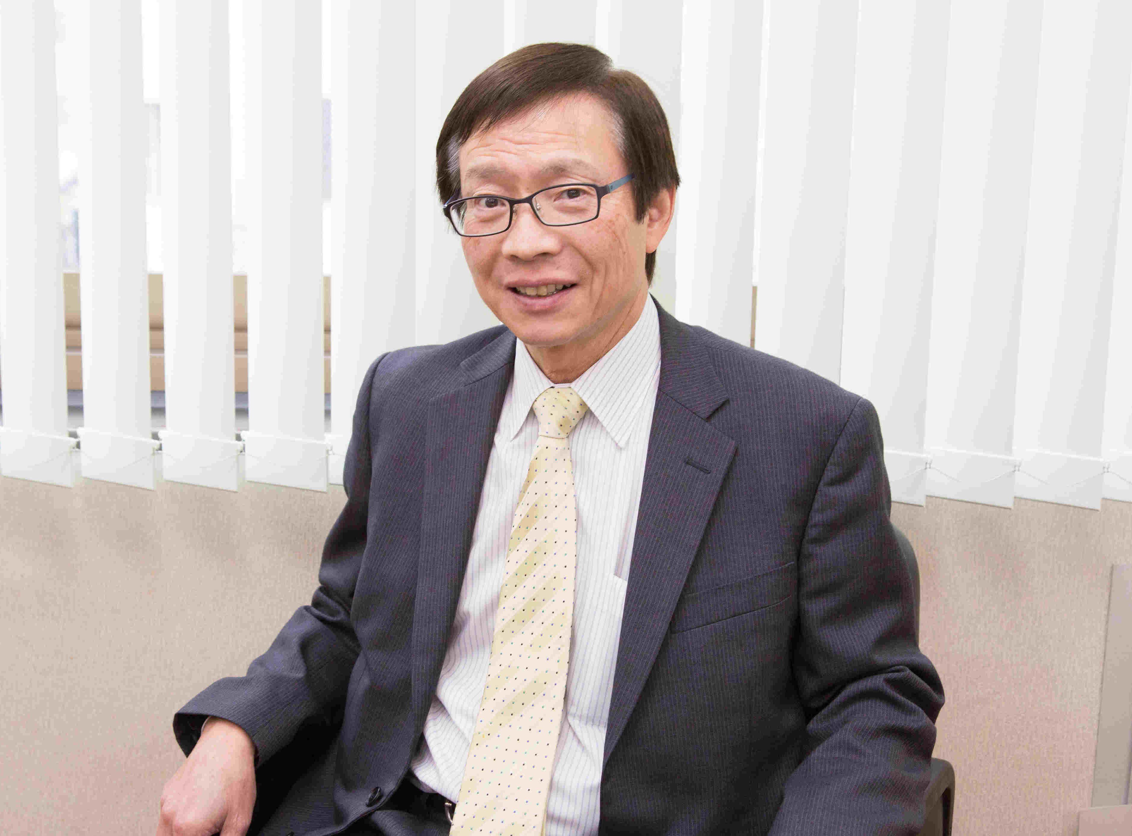 株式会社 福重 代表取締役 福本 悦弘